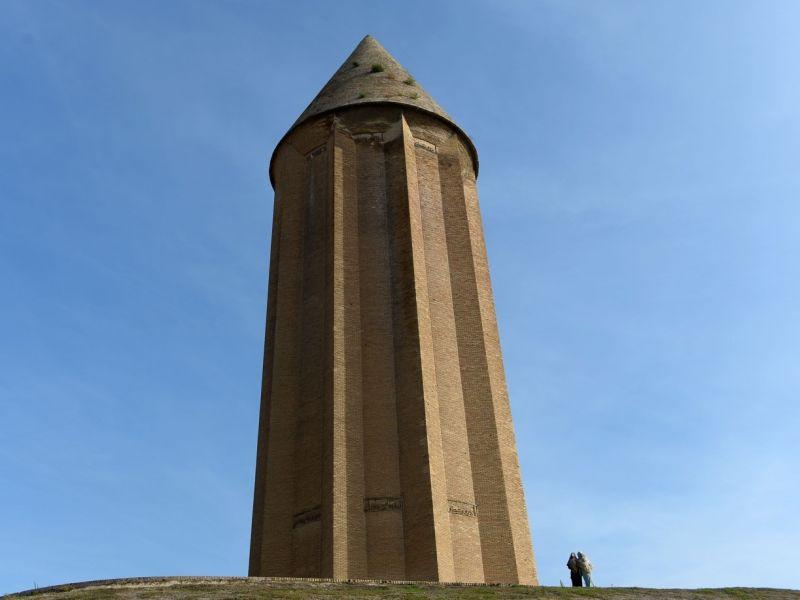 Dünyanın En Yüksek Tuğla Binası: Kabus Kümbeti